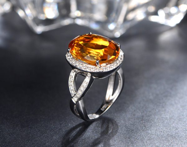 8.85ct Natural Yellow Citrine in 18K Gold Ring