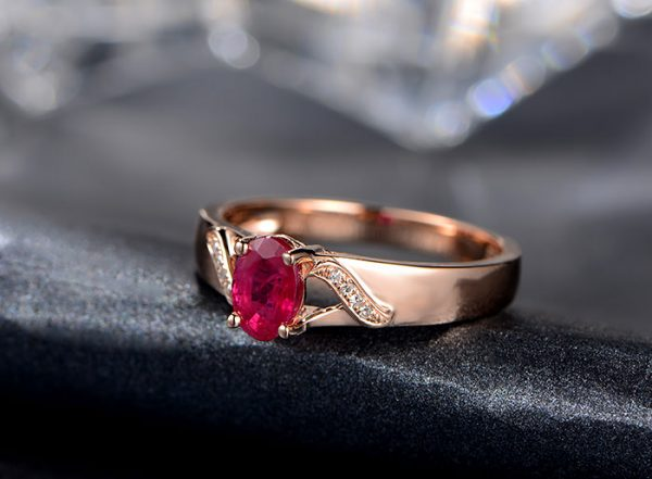 0.72ct Natural Red Ruby in 18K Gold Ring
