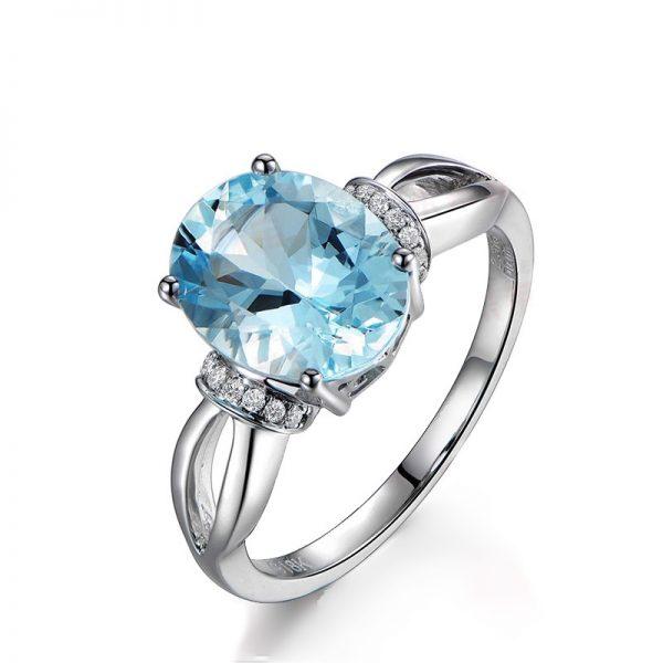 2.31ct Natural Blue Aquamarine in 18K Gold Ring