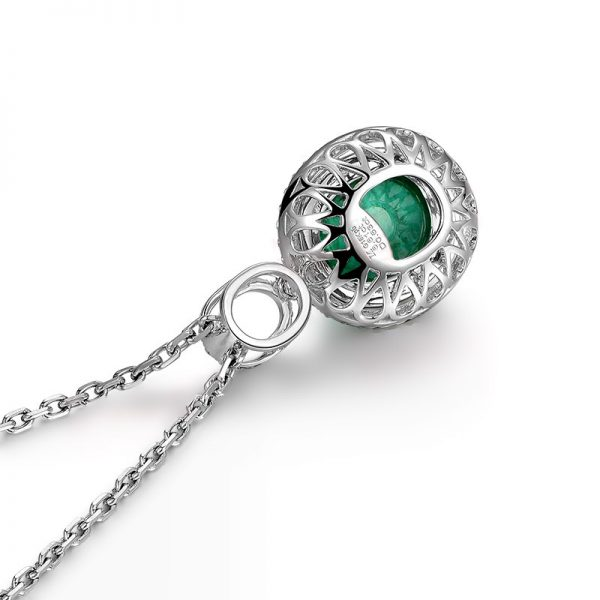6.61ct Natural Green Emerald in 18K Gold Pendant