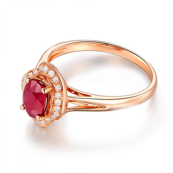 1.04ct Natural Red Ruby in 18K Gold Ring