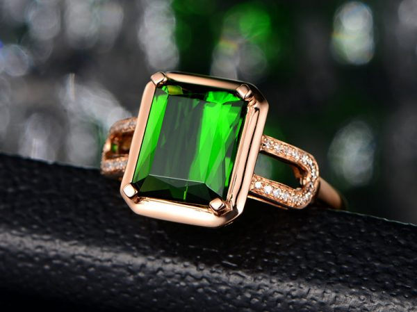 3.08ct Natural Green Tourmaline in 18K Gold Ring
