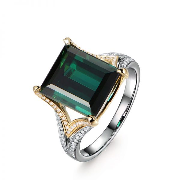 6.15ct Natural Blue Tourmaline in 18K Gold Ring