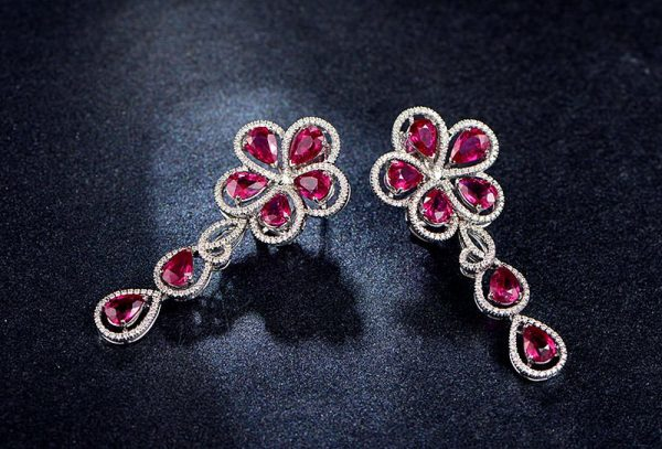 13.17ct Natural Red Ruby in 18K Gold Earring