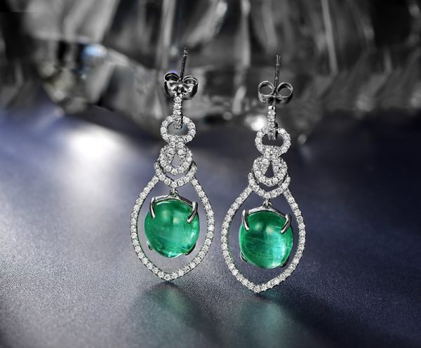 7.25ct Natural Green Emerald in 18K Gold Earring