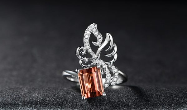 3.5ct Natural Peach Tourmaline in 18K Gold Ring