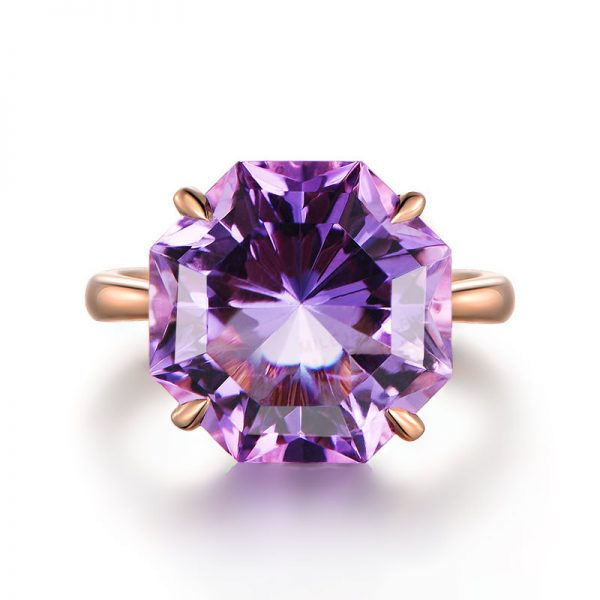 10.5ct Natural Purple Amethyst in 18K Gold Ring