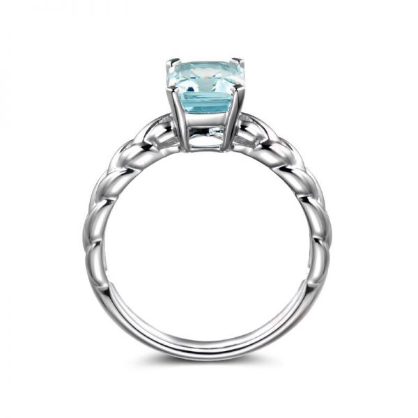 1.5ct Natural Blue Aquamarine in 18K Gold Ring