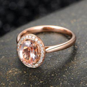 1.35ct Natural Peach Morganite in 18K Gold Ring