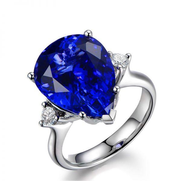 9.78ct Natural Blue Tanzanite in 18K Gold Ring