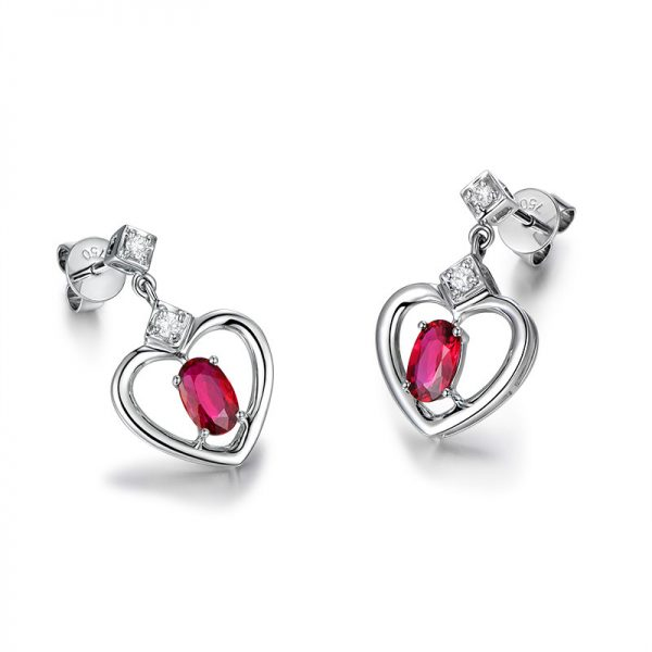 1.15ct Natural Red Ruby in 18K Gold Earring