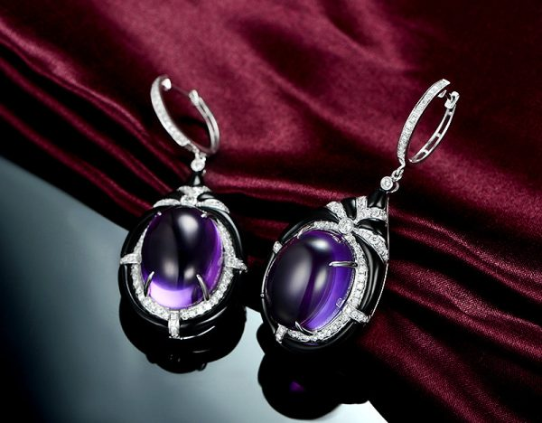 47.5ct Natural Purple Amethyst in 18K Gold Earring