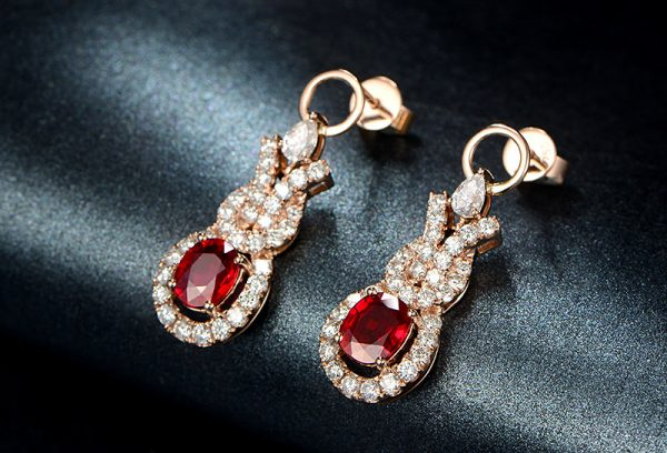 2.15ct Natural Red Ruby in 18K Gold Earring