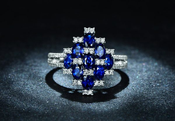 2.55ct Natural Blue Sapphire in 18K Gold Ring