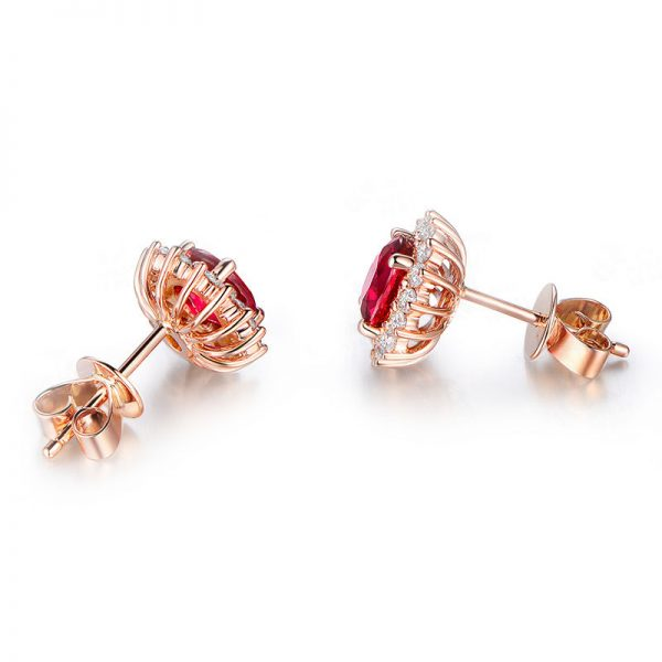 1.08ct Natural Red Ruby in 18K Gold Earring