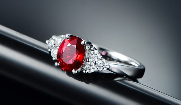 1.25ct Natural Red Ruby in 18K Gold Ring
