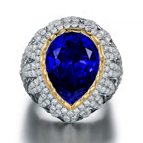 15.35ct Natural Blue Tanzanite in 18K Gold Ring