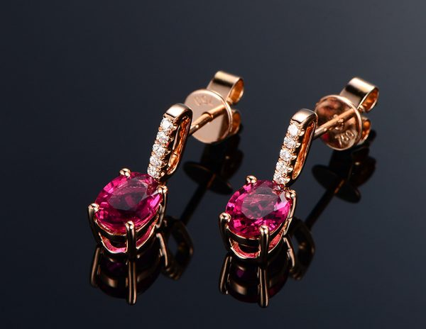 1.56ct Natural Red Tourmaline in 18K Gold Earring