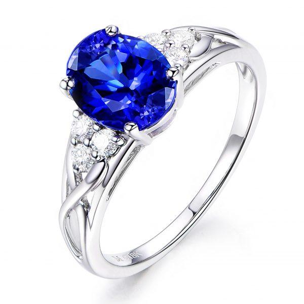 1.75ct Natural Blue Tanzanite in 18K Gold Ring