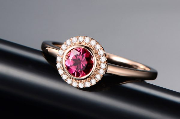 0.5ct Natural Red Tourmaline in 18K Gold Ring