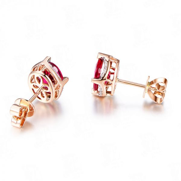 3.05ct Natural Red Tourmaline in 18K Gold Earring