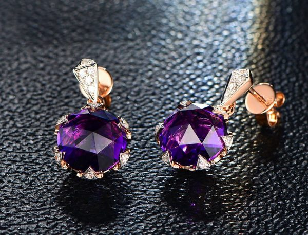 9ct Natural Purple Amethyst in 18K Gold Earring
