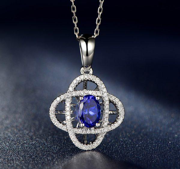 1.01ct Natural Blue Tanzanite in 18K Gold Pendant