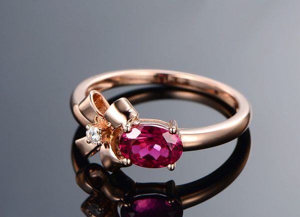 1.02ct Natural Red Tourmaline in 18K Gold Ring