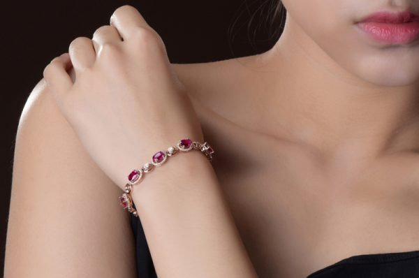 4.85ct Natural Red Tourmaline in 18K Gold Bracelet