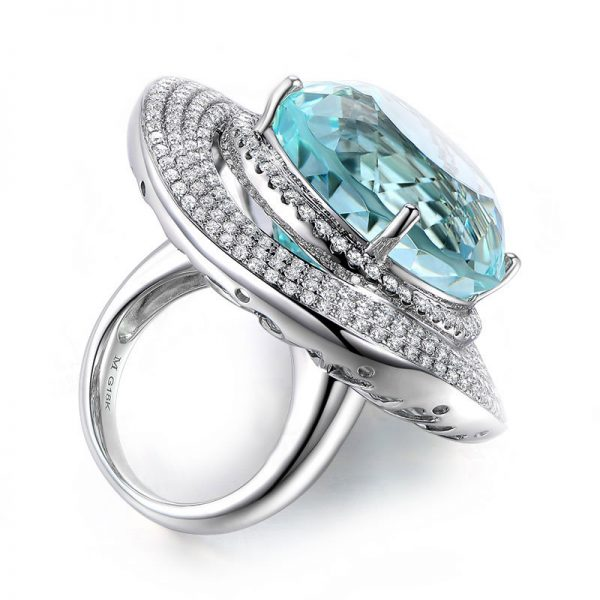 35ct Natural Blue Aquamarine in 18K Gold Ring