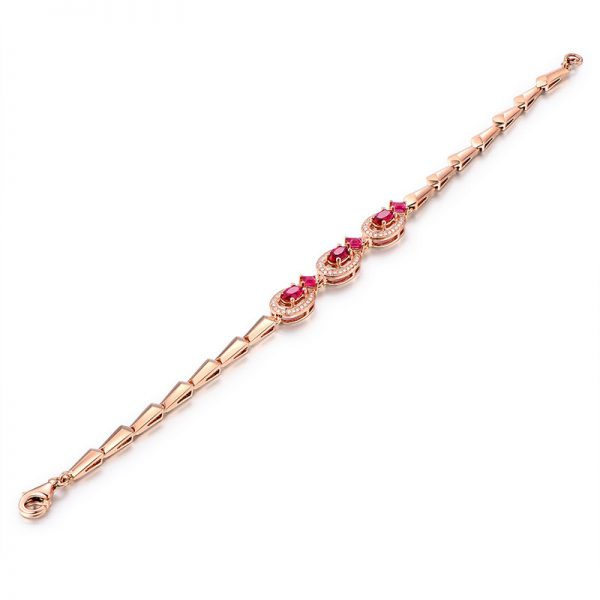 1.35ct Natural Red Ruby in 18K Gold Bracelet