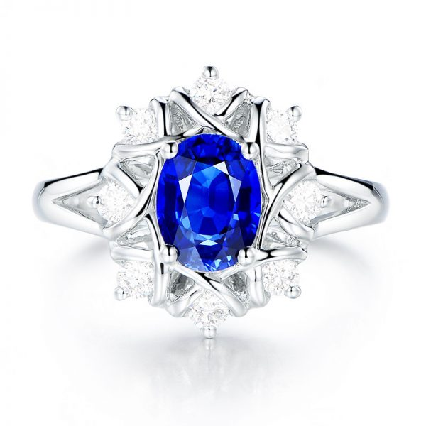 1.35ct Natural Blue Sapphire in 18K Gold Ring