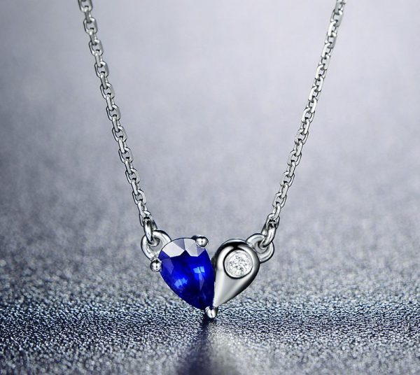 0.3ct Natural Blue Sapphire in 18K Gold Pendant