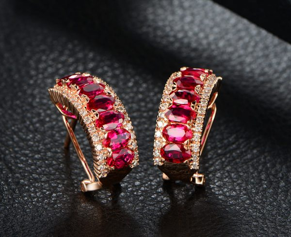 4.55ct Natural Red Ruby in 18K Gold Earring