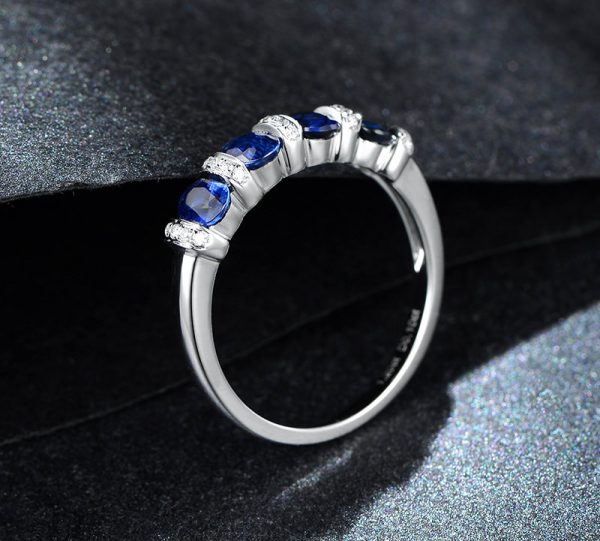 1.2ct Natural Blue Sapphire in 18K Gold Ring
