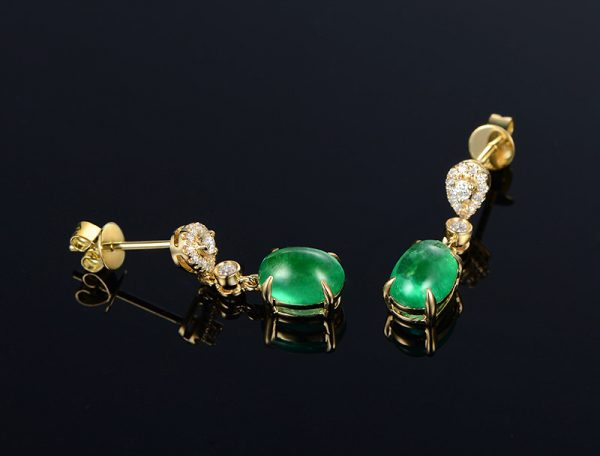 2.58ct Natural Green Emerald in 18K Gold Earring