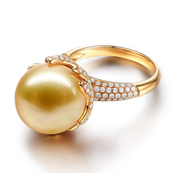 14-15 mm Natural Yellow Pearl in 18K Gold Ring