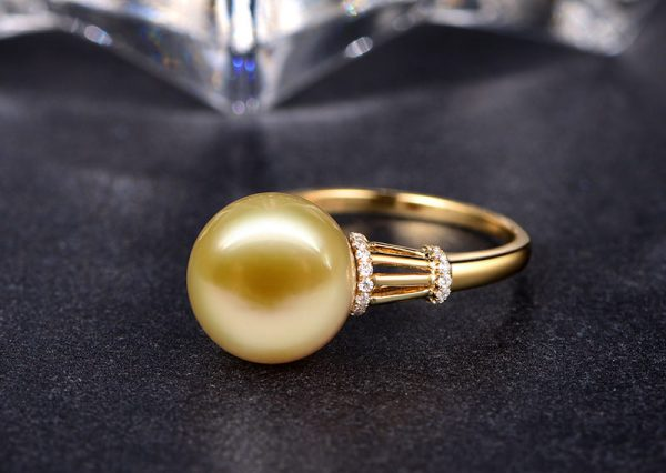 11-11.5 mm Natural Yellow Pearl in 18K Gold Ring