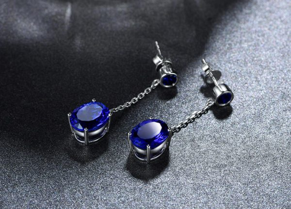 5.85ct Natural Blue Tanzanite in 18K Gold Earring