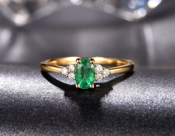 0.58ct Natural Green Emerald in 18K Gold Ring